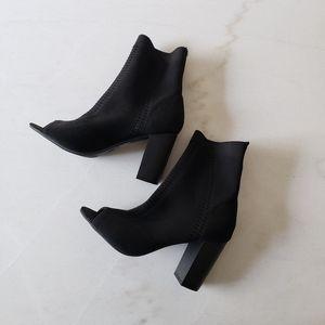 Mossimo open toe sock bootie heels 7.5